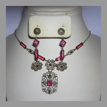 1920's ART DECO / Nouveau Pink Square & RECTANGLE Rhinestone & Marcasite Necklace & DANGLE Earrings