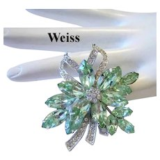WEISS Superb Sparkling PERIDOT / Apple Green Rhinestones Pin / Brooch