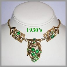 1930's ART NOUVEAU Design Emerald Green Rhinestones Necklace
