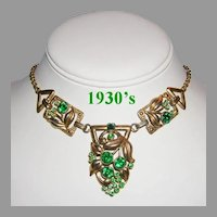 1930's ART NOUVEAU Design Emerald Green Rhinestones Necklace