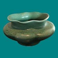 Rumrill vase Geranium glaze