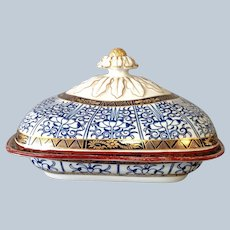 Royal Lily Dr Wall Covered Dish Casserole 18th c. Worcester Late 18th C.