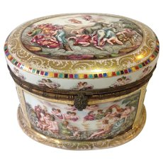 Large Capodimonte Domed  Box 19thc