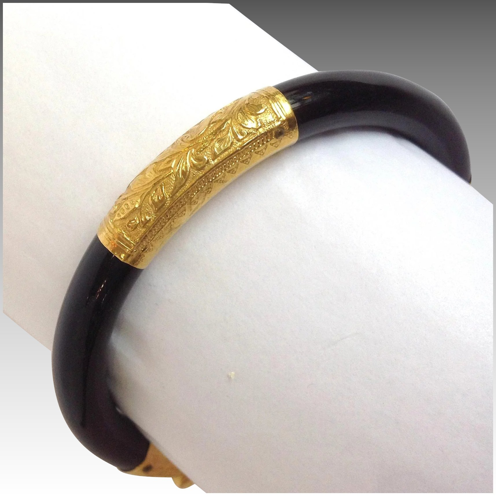 bangle full antiques to l of coral and item river vintage ffffff karat gold click bracelet bangles expand black bracelets