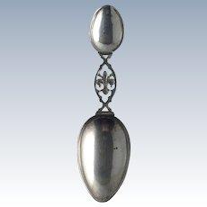 Medicine Spoon Fleur de  Lis  Continental 800 Silver