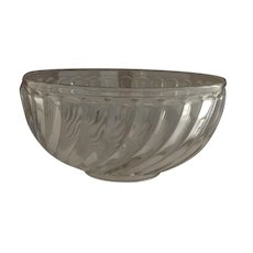 Baccarat Clear Glass Bowl with Swirls 7""