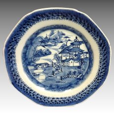 "Group 6 Canton 9"" Dinner Plates Chinese Export"