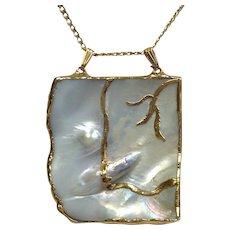Blister Shell Pendant Gold