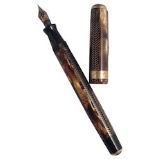 Parker Royal Challenger Gold Herringbone Vacumatic  Fountain Pen