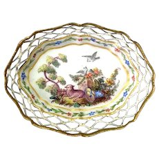 Enamel Dish Staffordshire with Lamb 18th c.