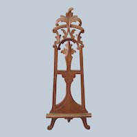 Victorian Tabletop Easel Carved Walnut 10 5/8'