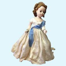"""Queen Elizabeth Portrait Doll Madame Alexander Doll 17"""""""