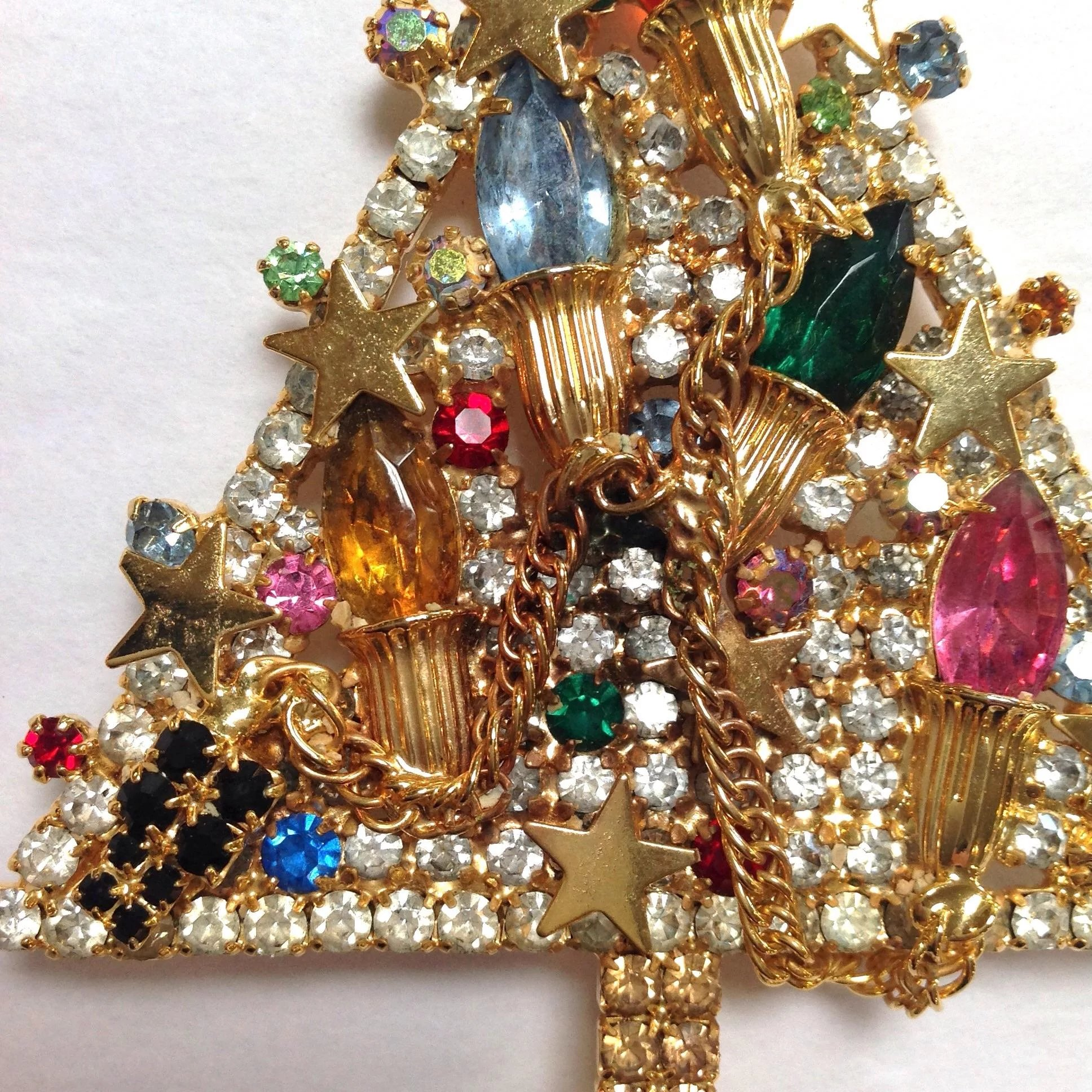 Large Christmas Tree: Limited Edition Large Christmas Tree Pin : Antiques Of