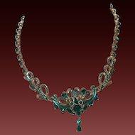 Singed Hollycraft Necklace in Emerald Green Rhinestones