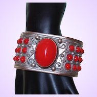 Ethnic Silver Metal and Coral Glass Bead Bracelet