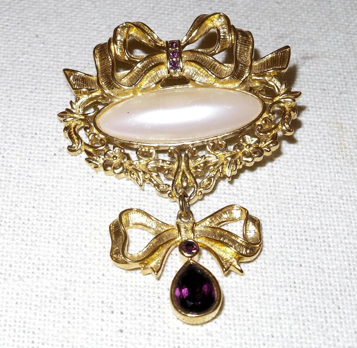 222efd67df860 Vintage Avon Brooch with Faux Peal and Faux Amethyst Rhinestones in Gold  Tone Metal