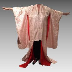 Vintage Japanese Kimono With Red Silk Crepe De Shine' Lining