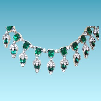 Unsigned Eisenberg Necklace With Emerald Green Rhinestone Dangles