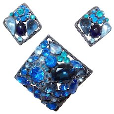 Signed Weiss Brooch Set in Blue Rhinestones
