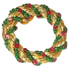 Vintage Gold Tone & Beaded Christmas Wreath Lapel Pin