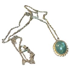 Vintage Nephrite Jade Cabochon 12 Karat Pendant and Chain
