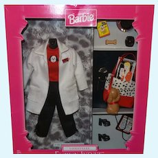Barbie Fashion Avenue Lifestyles Veterinarian Ensemble  NRFB