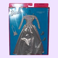 Barbie Fashion Avenue Silver Screen Star NRFB 2001