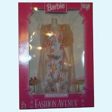 Barbie 1997 Fashion Avenue Lingerie Peach Floral Nightgown NRFB