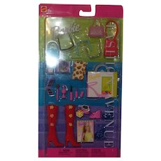 Barbie Fashion Avenue Accessory Collection NRFB