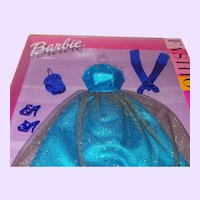 Barbie Fashion Avenue Evening Dress with All Accessories NRFB