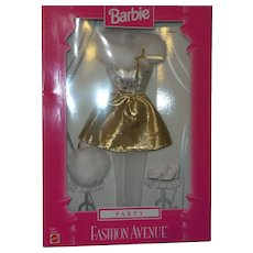 Fashion Avenue Party Gold Outfit NRFB
