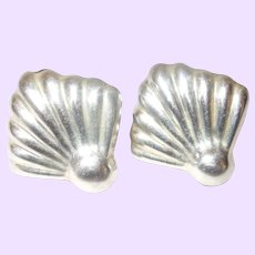 Signed Mexico TB-15X Silver Shell Clip Earrings