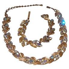 Unsigned Lisner Neckacle and Bracelet Set
