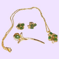 Vintage Green Jade Pendant Necklace with Earrings and Brooch
