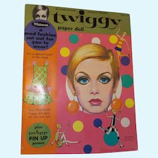 Twiggy Paper Dolls by Mattel