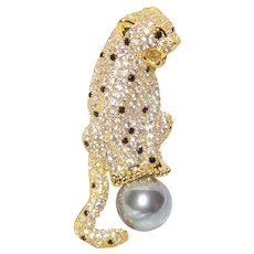 Jaguar Panther Pearl Brooch with Natural Zircons and Cultured Pearl