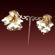 Vintage Signed Napier Milk Glass Cluster Earrings