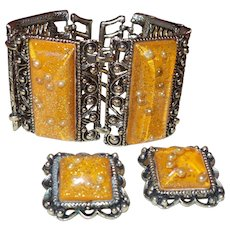 Vintage Gold Confetti Lucite Stones and Faux Pearl Bracelet and Earrings