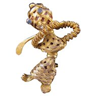 Goldtone Woven Wire Lady Golfer Figural Pin