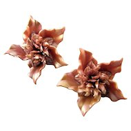 Mauve Satin Plastic 'Pinwheel' Flower Earrings