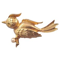 Mamselle Goldtone Textured Bird Brooch with Faux Pearl