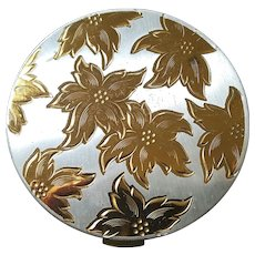 Pristine Zell 5th Avenue Engraved Leaf Loose Powder Compact