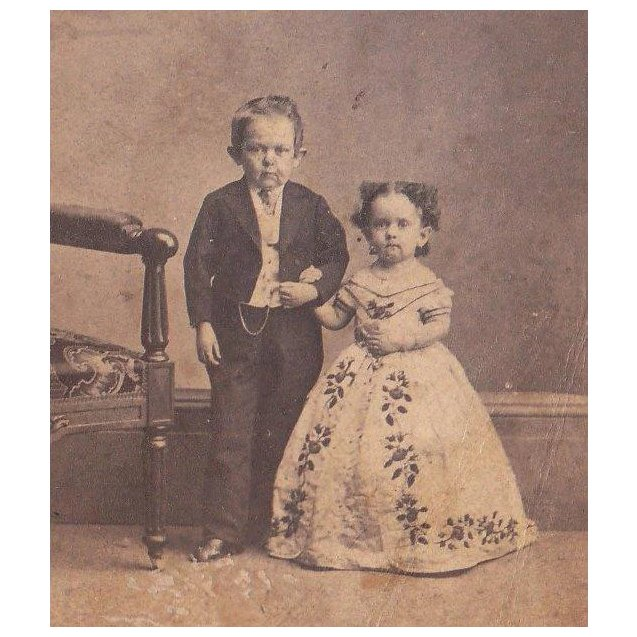 Civil War Era CDV Photo Of Midgets Commodore Nutt And