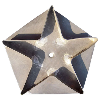 1800s Kitchen Primitive 5 Inch Star on Pentagon Cookie Cutter
