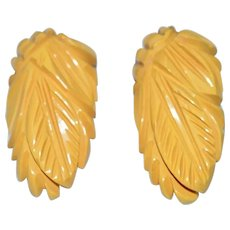 Carved Pineapple Butterscotch Yellow Bakelite Scarf Fur Dress Clips