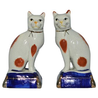 Staffordshire Cat Bookends Ceramic White Cats Crackle Luster Glaze