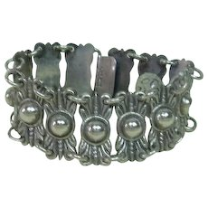 Mexican Silver Artist Made Bracelet with Interesting Design