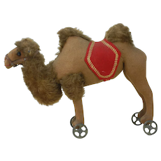 1909 Early Steiff Camel Pull Toy