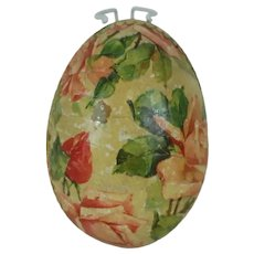 1910's German Easter Egg with Lithographed Dresden Trim