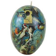 Early 20th Century Lithographed German Easter Egg featuring Birds